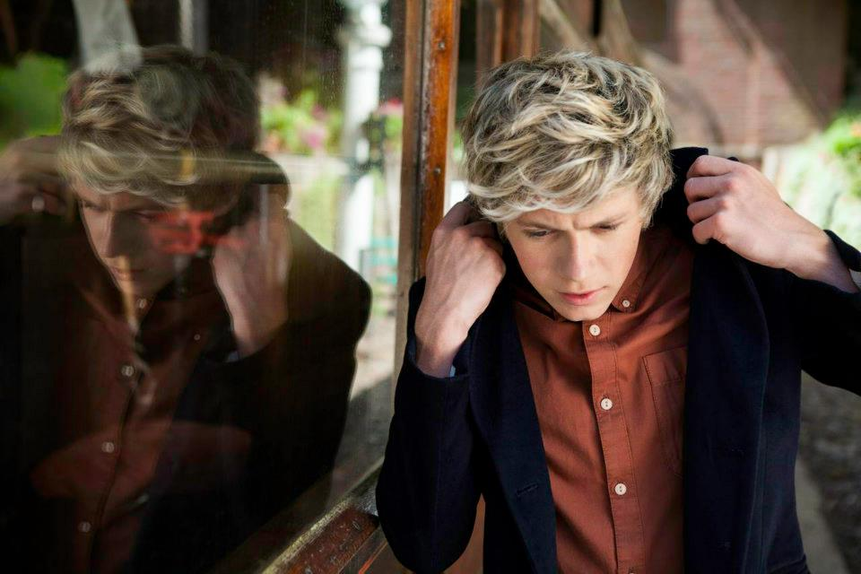 PHOTOS: More photos from the 'Take me Home' Photoshoot ...  One